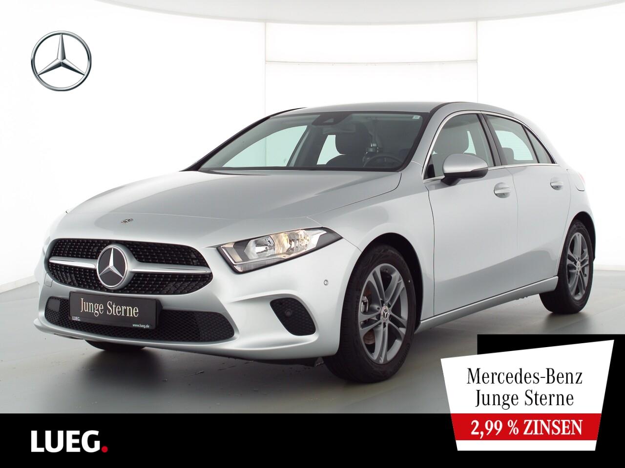Mercedes-Benz A 180 Progressive+MBUX+NavPrm+AHK+ParkAssist+RFK, Jahr 2020, Benzin