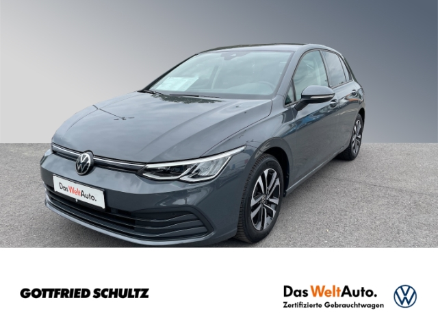 Volkswagen Golf VC AHK 1.5 eTSI DSG LED NAVI PDC United, Jahr 2020, Benzin