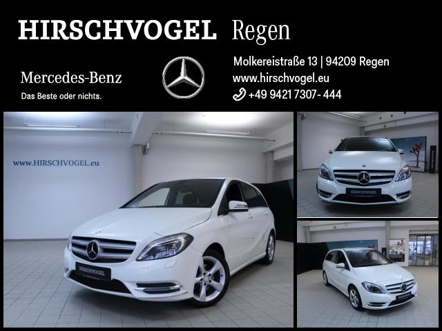 Mercedes-Benz B 180 Sport-Paket+AHK+Xenon+Kamera+SHZ+Tempomat, Jahr 2013, Benzin