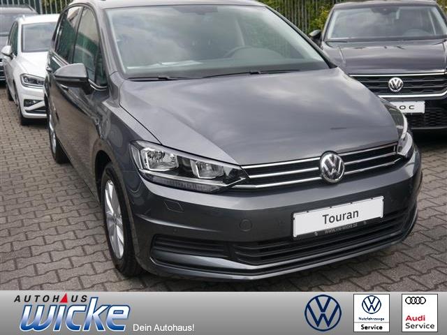 Volkswagen Touran Comfortline 1.5 l TSI OPF ACC Navi DAB+, Jahr 2019, Benzin