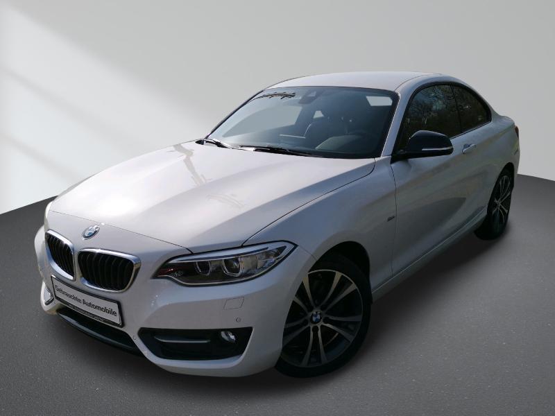 BMW 230i Aut. Coupe Sport Line Navi Prof. Leder Xenon PDC Hifi, Jahr 2017, Benzin