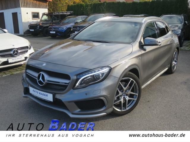 Mercedes-Benz GLA 45 AMG 4Matic COMAND Panorama Leder Sound, Jahr 2015, Benzin
