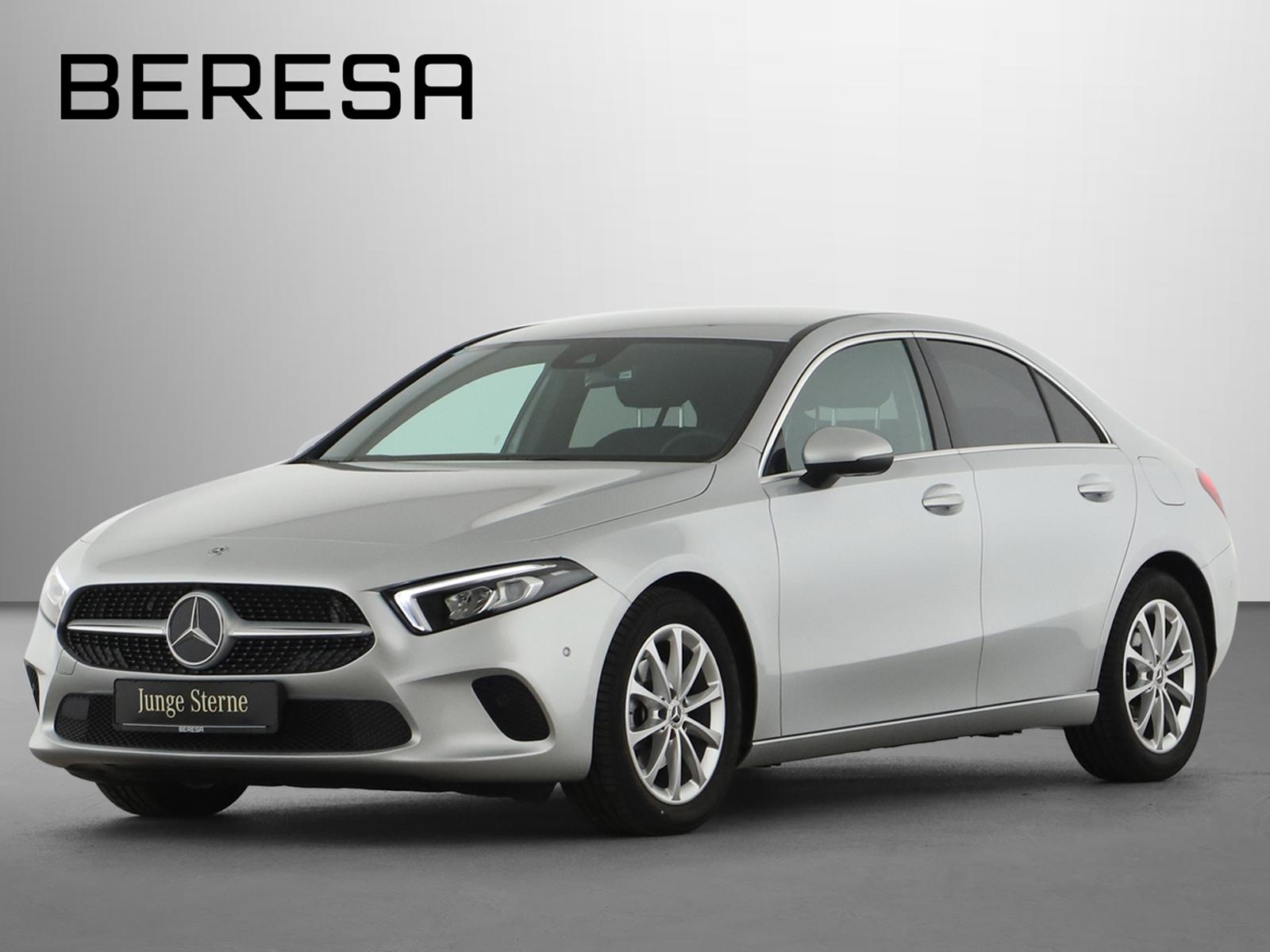 Mercedes-Benz A 180 Limo Progressive Kamera MBUX Ambiente, Jahr 2019, Benzin