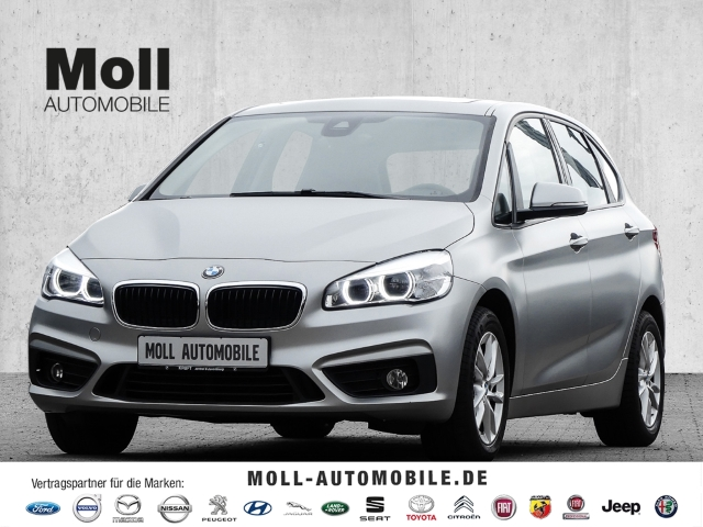 BMW 220 Active Tourer i Aut. Navi, AHK, Automatik, SD, Jahr 2016, Benzin