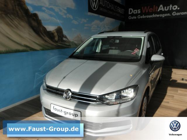 Volkswagen Touran Comfortline UPE 35000 EUR Navi AHK ACC, Jahr 2019, Benzin