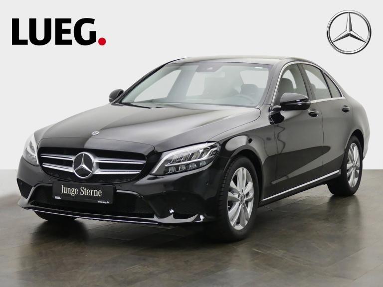 Mercedes-Benz C 180 Avantgarde+Navi+LED-HP+SpurP+CarPl+Kamera+, Jahr 2020, Benzin