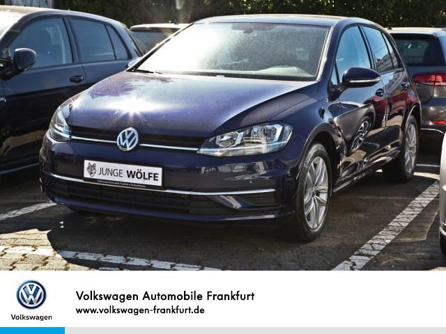 Volkswagen Golf VII 1.0 TSI Comfortline Anschlußgarantie Einparkhilfe Navi AHK Leichtmetallfelgen Golf 1,0 CL BT085 TSIM6F, Jahr 2019, Benzin