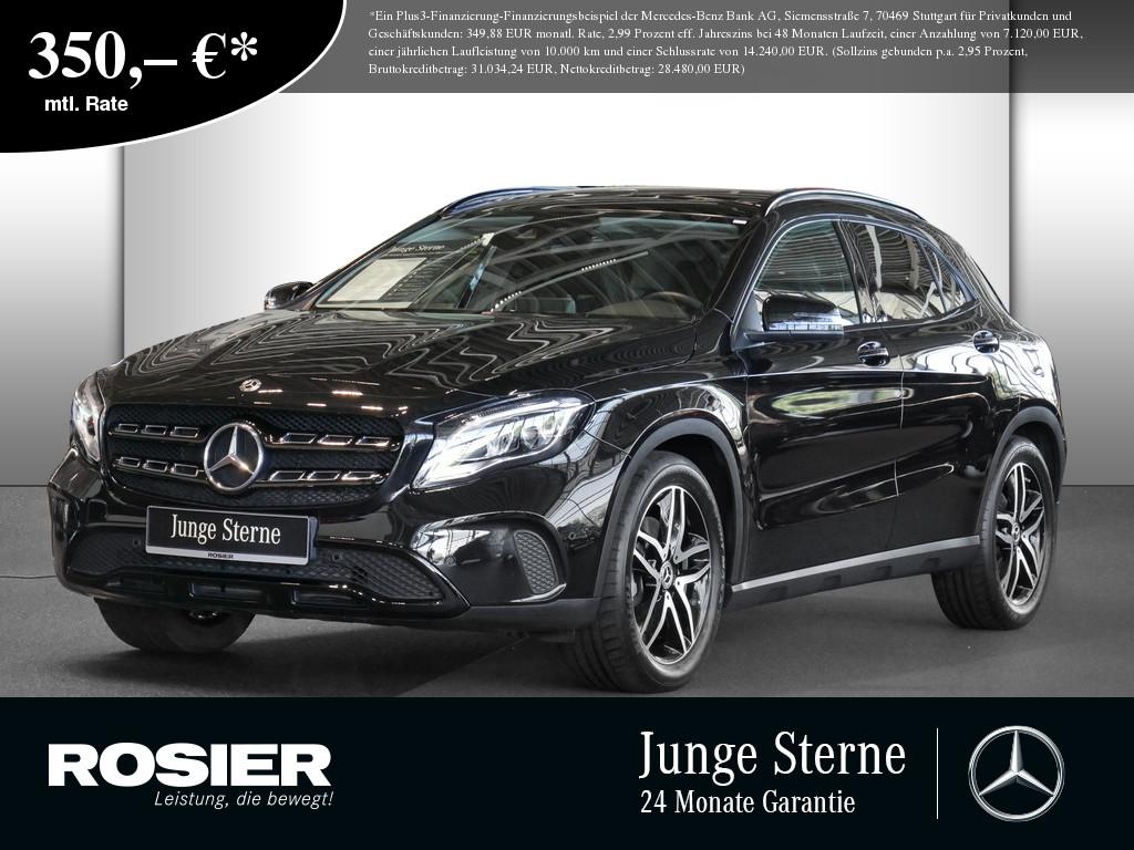Mercedes-Benz GLA 250, Jahr 2020, Benzin