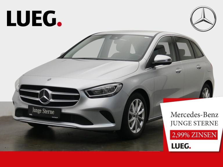 Mercedes-Benz B 180 Progressive+MBUX+NavPrem+elHeck+ParkAssist, Jahr 2019, Benzin