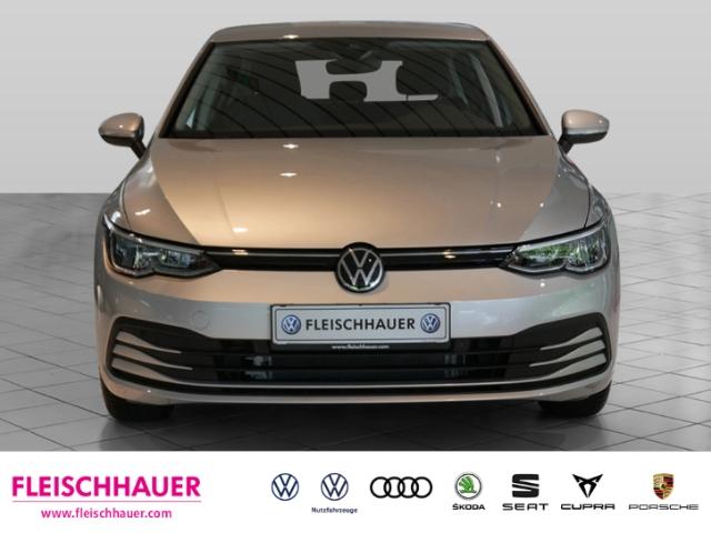 Volkswagen Golf VIII Life 1.5 TSI EU6d-T NAVI ACC UPE31.454, Jahr 2020, Benzin