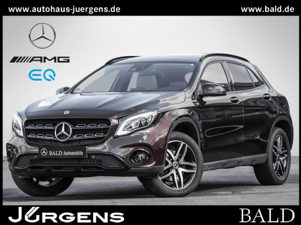 Mercedes-Benz GLA 250 Style/Comand/LED/Pano/HarmanK/EASY-P/SHZ, Jahr 2018, Benzin