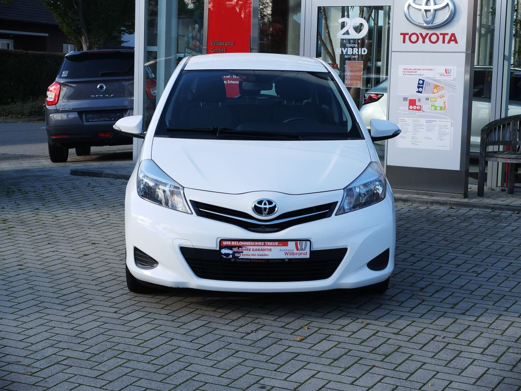 Toyota Yaris 1.0 VVT-i Edition Navi, 5rtg. Garantie, Klima, Jahr 2014, Benzin