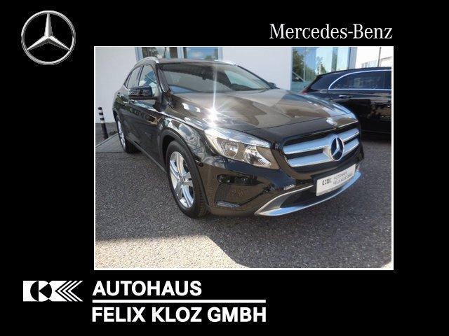Mercedes-Benz GLA 250 Urban 4Matic Panoramadach SHD, Kamera, Jahr 2014, Benzin