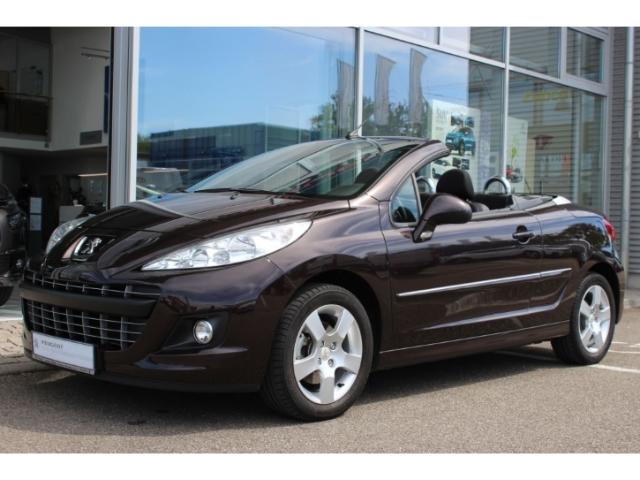 Peugeot 207 CC Cabrio-Coupe Active 1.6 16V VTi 120 SHZ Klimaautom, Jahr 2014, Benzin