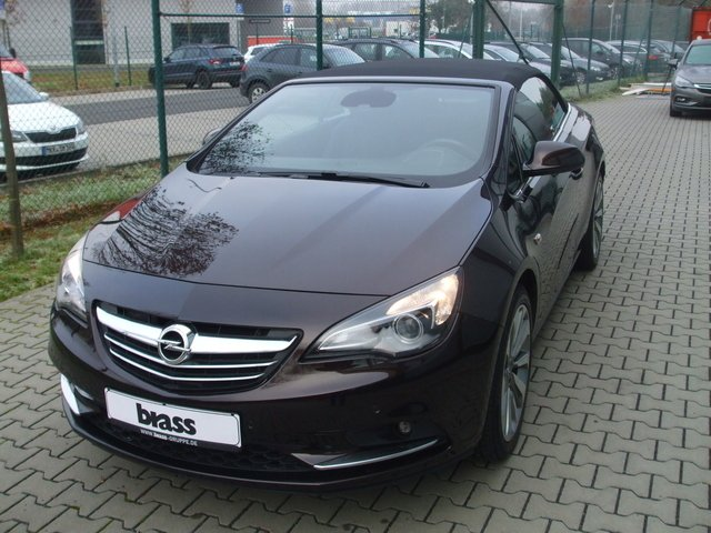 Opel Cascada 1.4 Turbo (ecoFLEX) Start/Stop Edition, Jahr 2013, Benzin