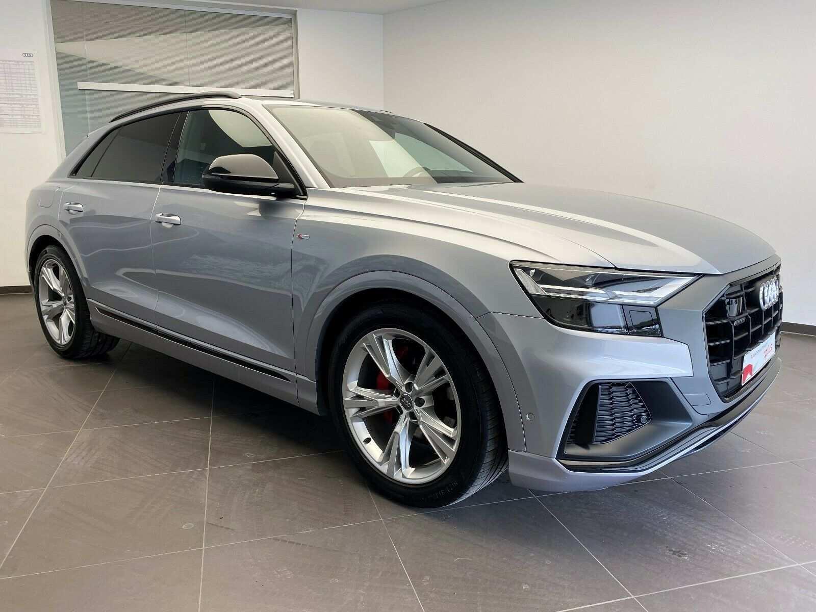 Audi Q8 50 TDI qu - 2 x S LINE - AHK - PANORAMA - ACC, Jahr 2019, Diesel