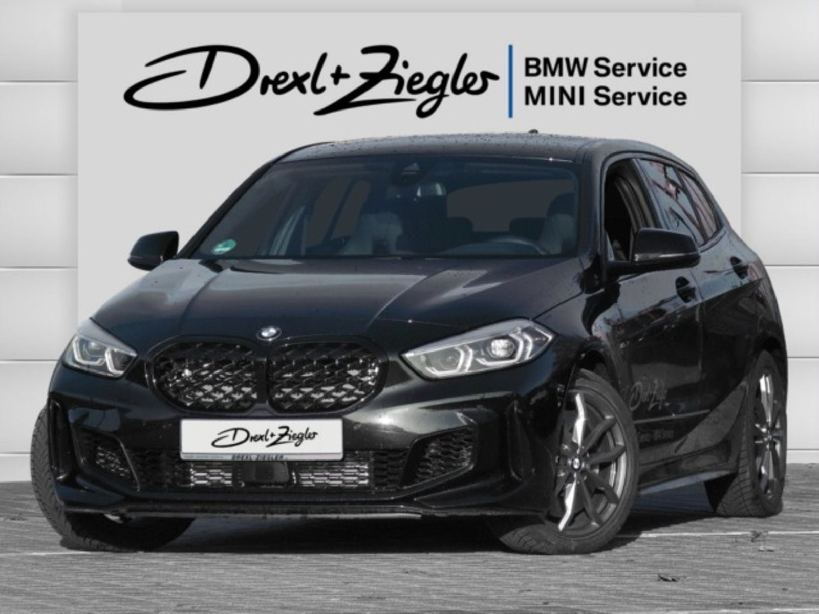 BMW M135i xDrive Leder H&K LiveCockProf e.M-Sitze, Jahr 2020, Benzin