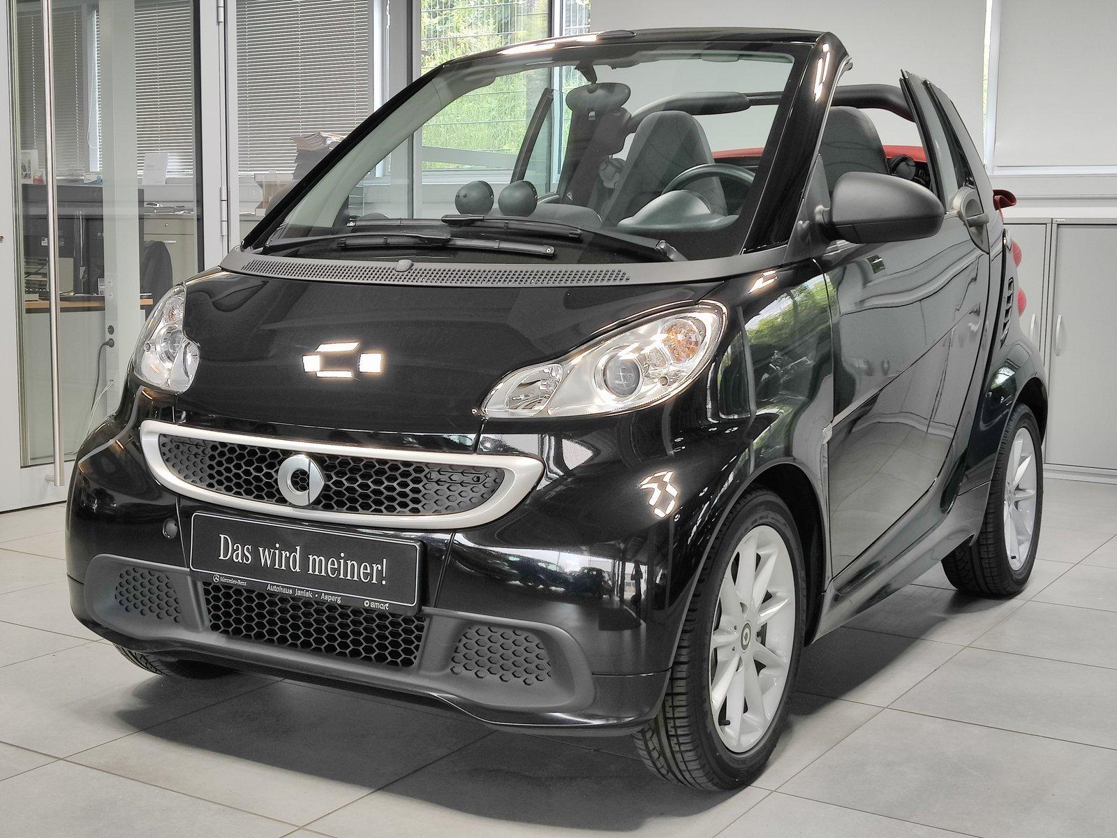 smart fortwo cabrio mhd Passion|Navi|Servo|Klima|SHZ, Jahr 2014, Benzin