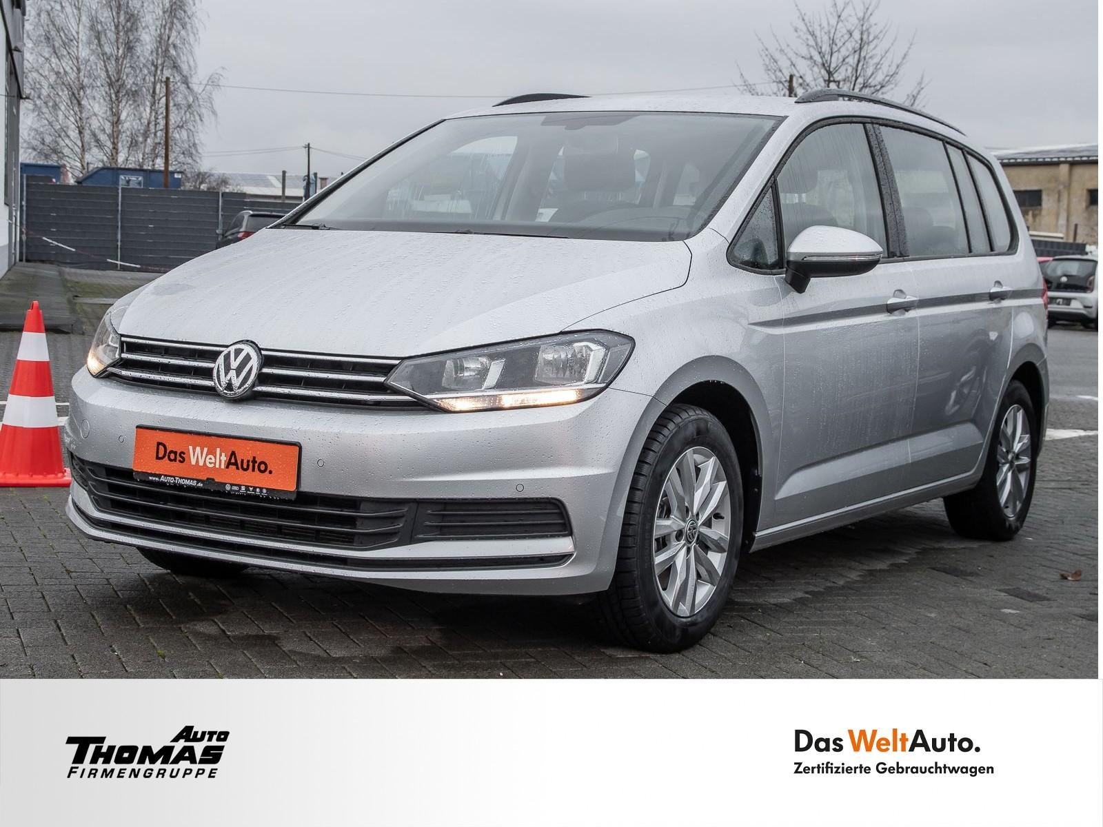 Volkswagen Touran Comfortline 1.5 TSI 150PS Navi / 7-Sitzer, Jahr 2019, Benzin