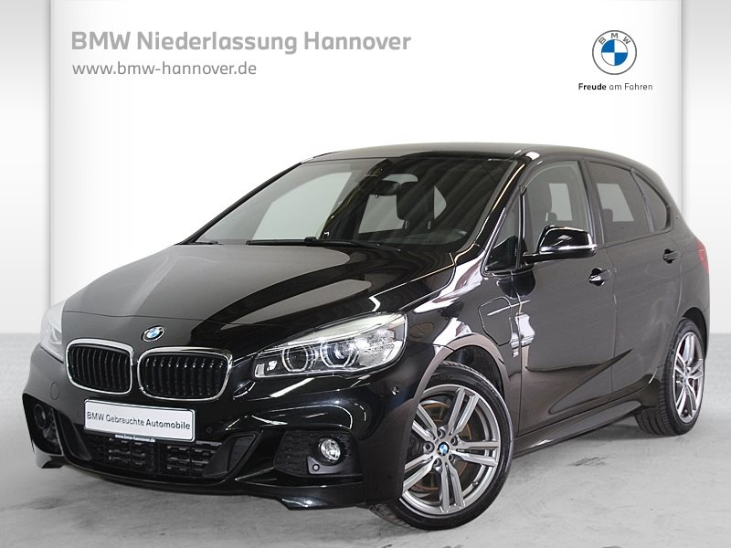 BMW 225 Active Tourer 225xe iPerformance Sportpaket LED, Jahr 2017, Hybrid