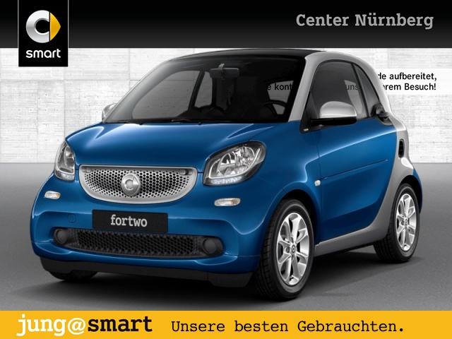smart fortwo coupé 52kW DCT cool&Media SHZ Pano Komfort, Jahr 2017, Benzin