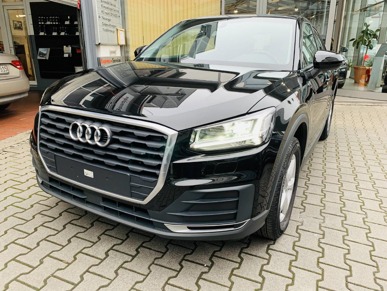 Audi Q2 30 TFSI 1.0 S tronic -Glasdach-Navi-LED-, Jahr 2019, Benzin