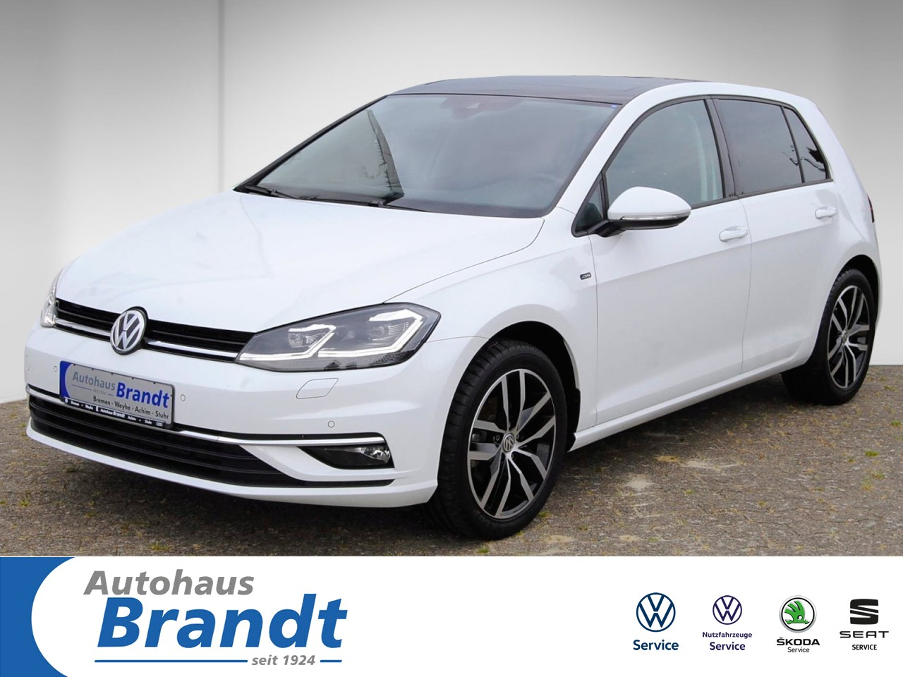 Volkswagen Golf VII 1,0 TSI JOIN LED*PANO*NAVI*ACC*PDC, Jahr 2019, Benzin