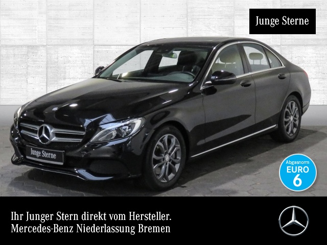 Mercedes-Benz C 300 Avantgarde SHD LED Kamera Navi Totwinkel PTS, Jahr 2017, petrol
