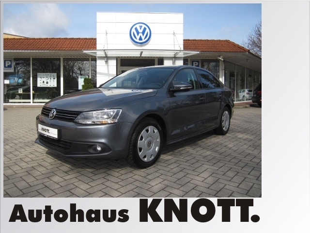 Volkswagen Jetta Comfortline 1.4 TSI KLIMA NAVI ALU, Jahr 2013, Benzin