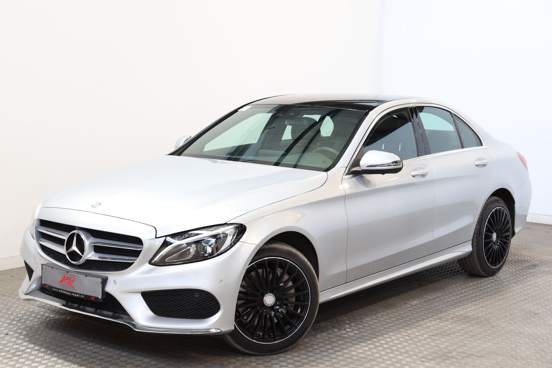 Mercedes-Benz C 300 3x AMG AIRMATIC,COMAND,360GRAD,SCHECKHEFT, Jahr 2017, Benzin