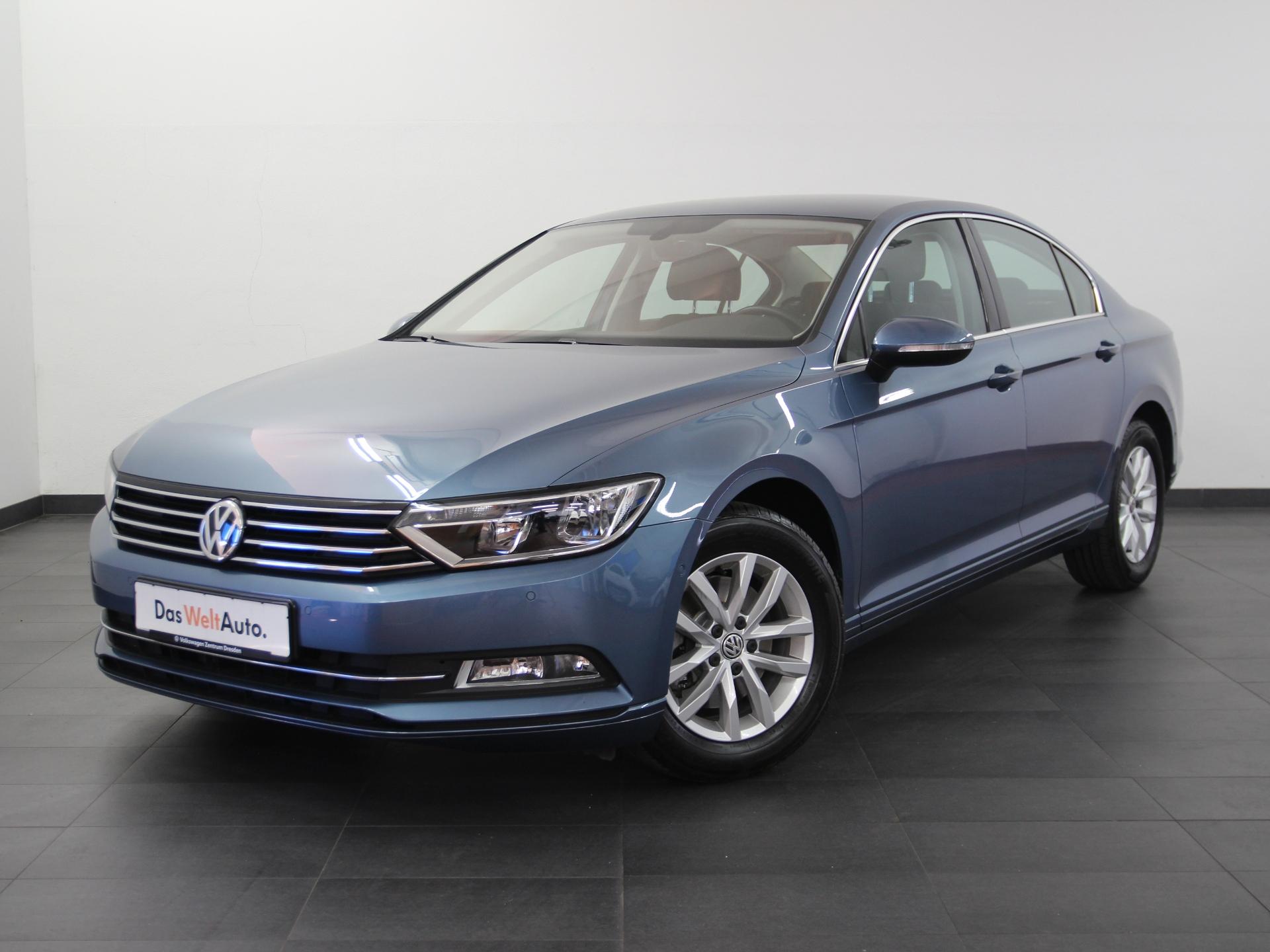 Volkswagen Passat Comfortline TSI NAVI SHZ PDC ab 2,99 %, Jahr 2016, Benzin