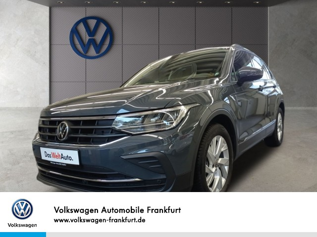 Volkswagen Tiguan 1.5 TSI Life Navi Klima LM-Felgen Einparkhilfe Tiguan 1.5 Life BT110TSI M6F, Jahr 2021, Benzin