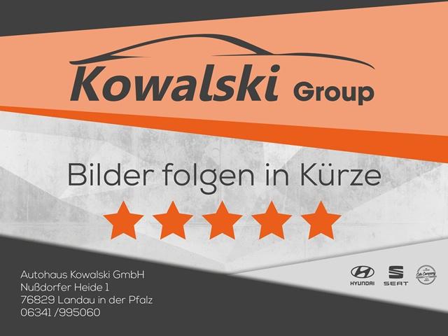 Audi A1 1.2 TFSI Sportback Attraction PDC SHZ BLUETOOTH, Jahr 2012, Benzin