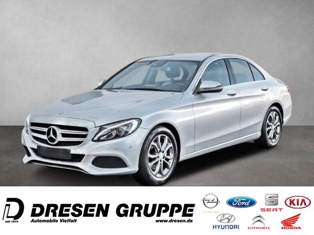 Mercedes-Benz C 200 C200/Avantgarde/LED/COMAND/SHZ/Scheckheft, Jahr 2016, Benzin