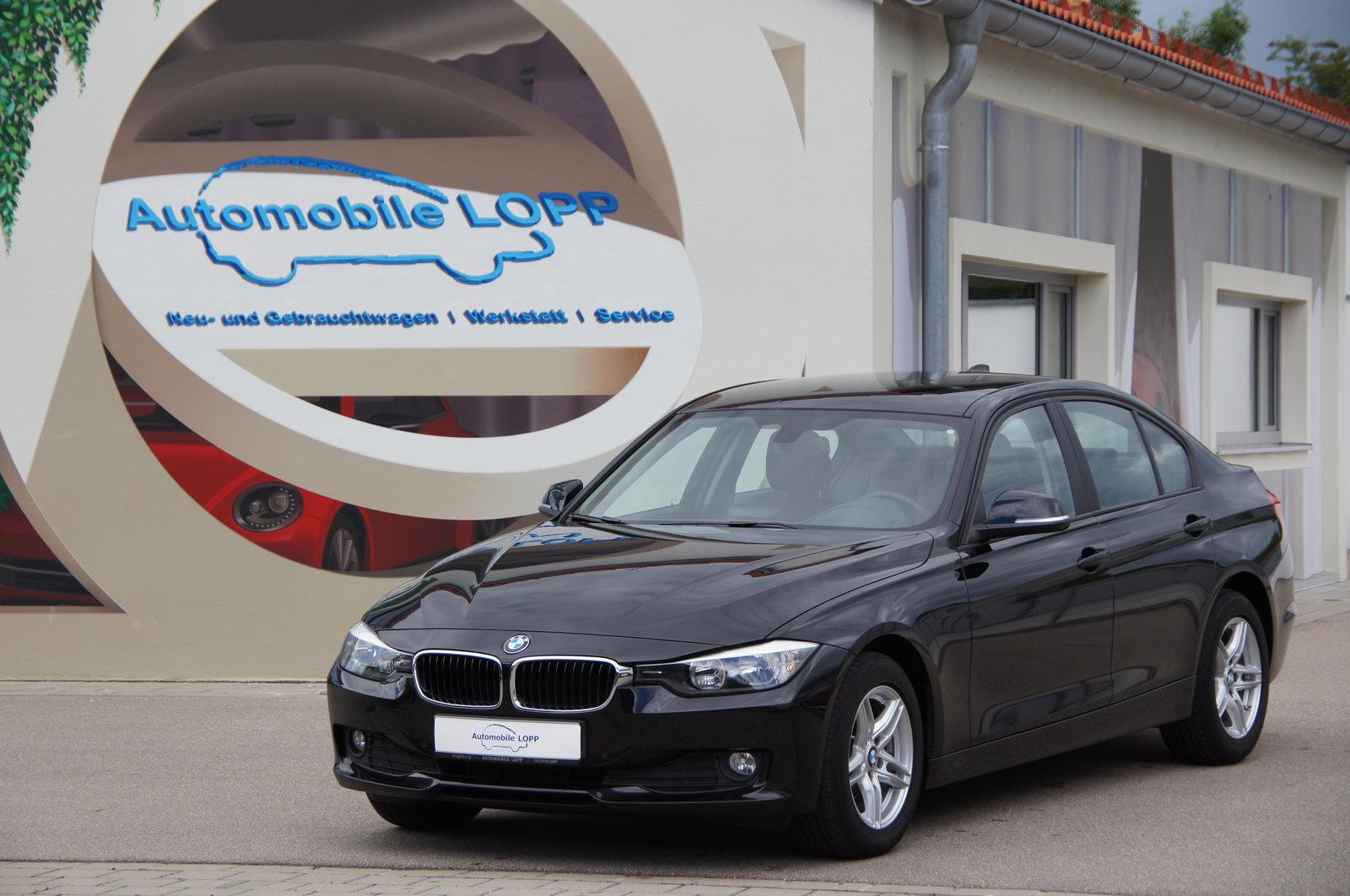 BMW 316i NAVI LEDER PDC SITZHEIZUNG ALUFELGEN 1.HAND, Jahr 2014, Benzin