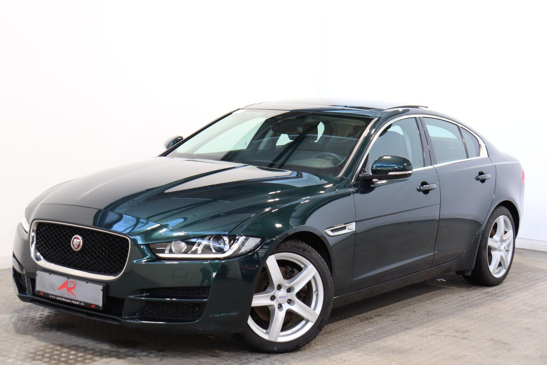 Jaguar XE 20d PORTFOLIO PANORAMA,MERIDIAN SOUNDSYSTEM, Jahr 2016, Diesel