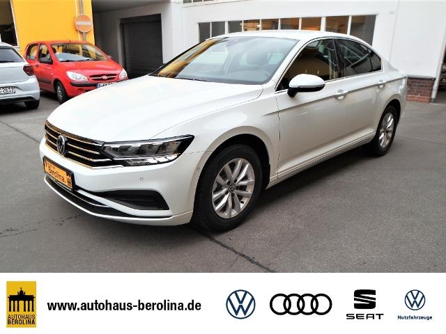 Volkswagen Passat 1.5 TSI Business *NAV*ACC*SHZ*R-CAM*, Jahr 2021, Benzin