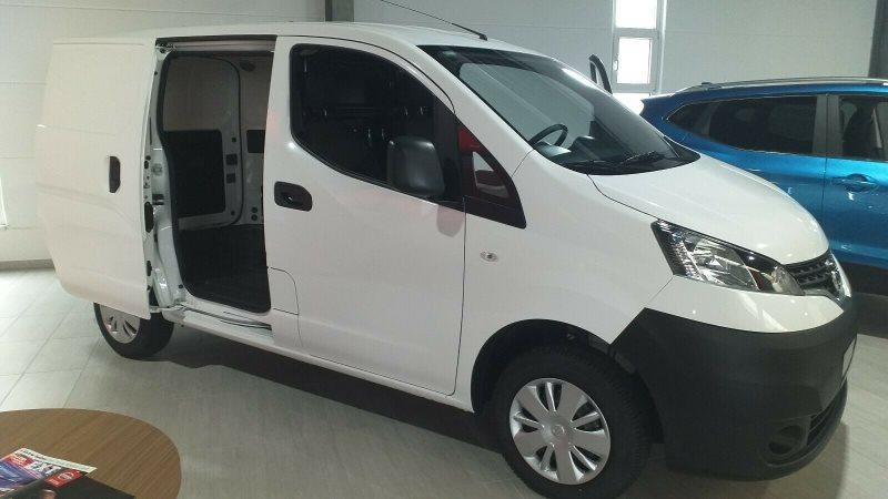 Nissan NV200 COM Kasten dCi *720KG NUTZLAST+KLIMA+MP3, Jahr 2018, Diesel
