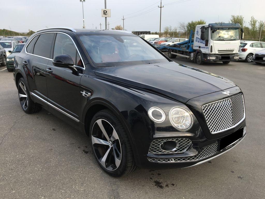 Bentley Bentayga V8 Diesel Pano/HUD, Jahr 2018, Diesel