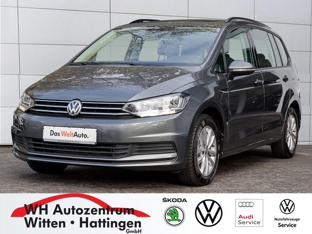 Volkswagen Touran 1.5 TSI Comfortline PANORAMA StandHzg NAVI 7-Sitze, Jahr 2019, Benzin