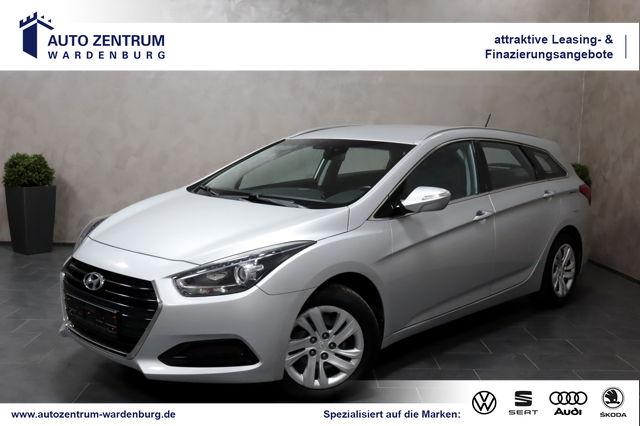 Hyundai i40 cw Kombi LED-Tagfl. Scheckheftgepflegt, Jahr 2015, Diesel
