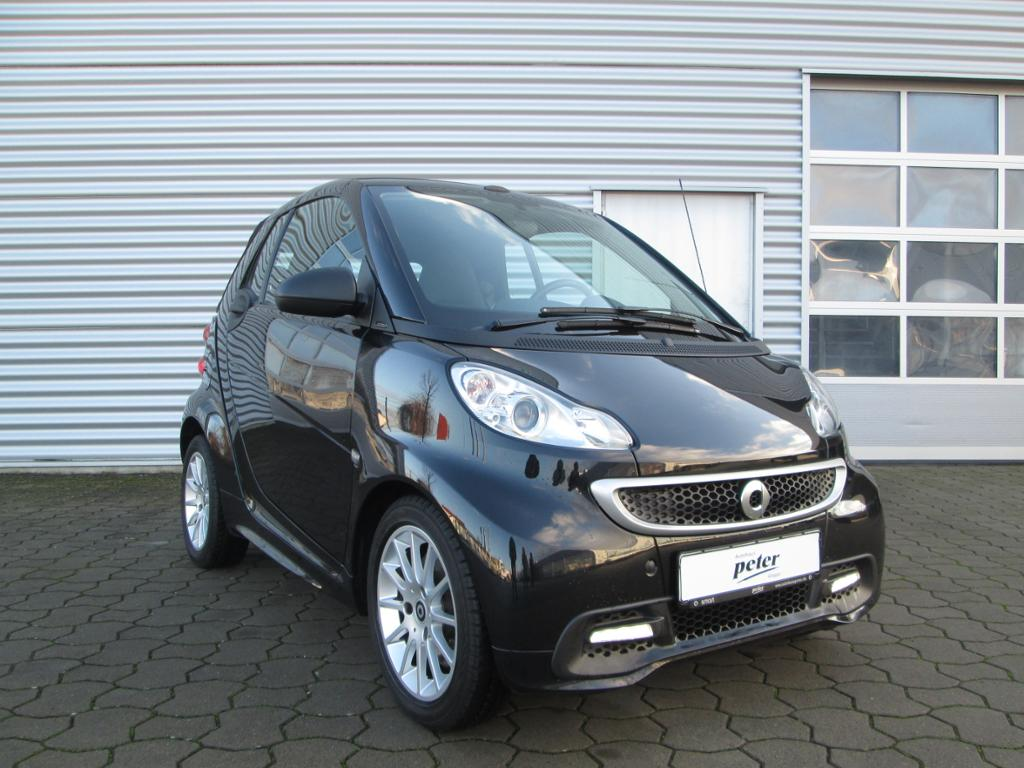 smart fortwo cabrio mhd 52 kw, Jahr 2012, Benzin