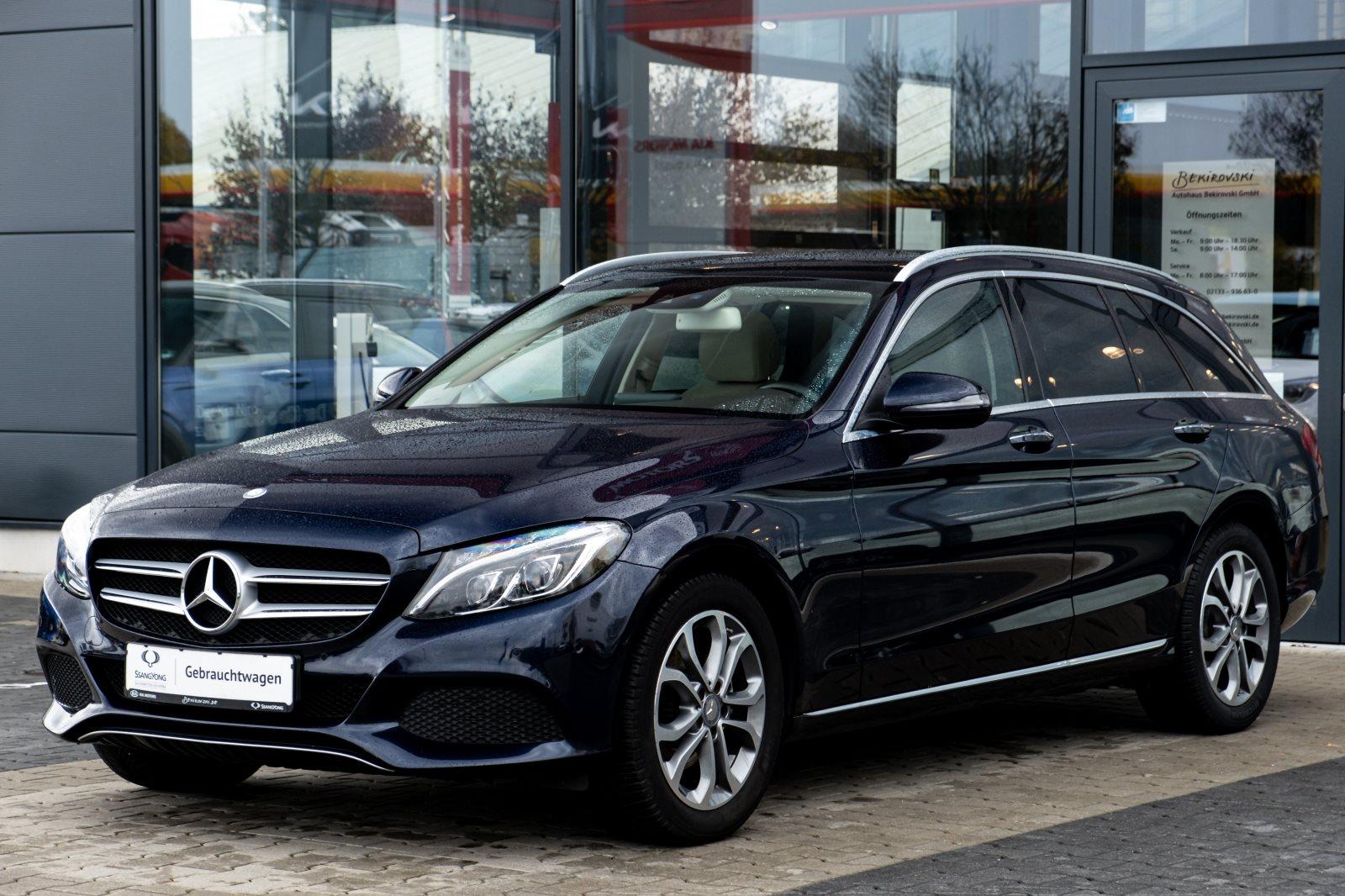 Mercedes-Benz C 200 CGI T+Navi+ Automatik+AHK+Pano+, Jahr 2015, Benzin