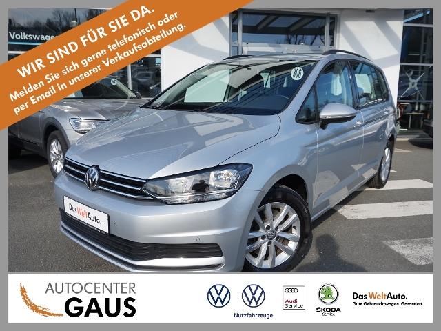 Volkswagen Touran Comfortline 1.5 TSI AHK Navi ACC 7-Sitzer, Jahr 2019, Benzin