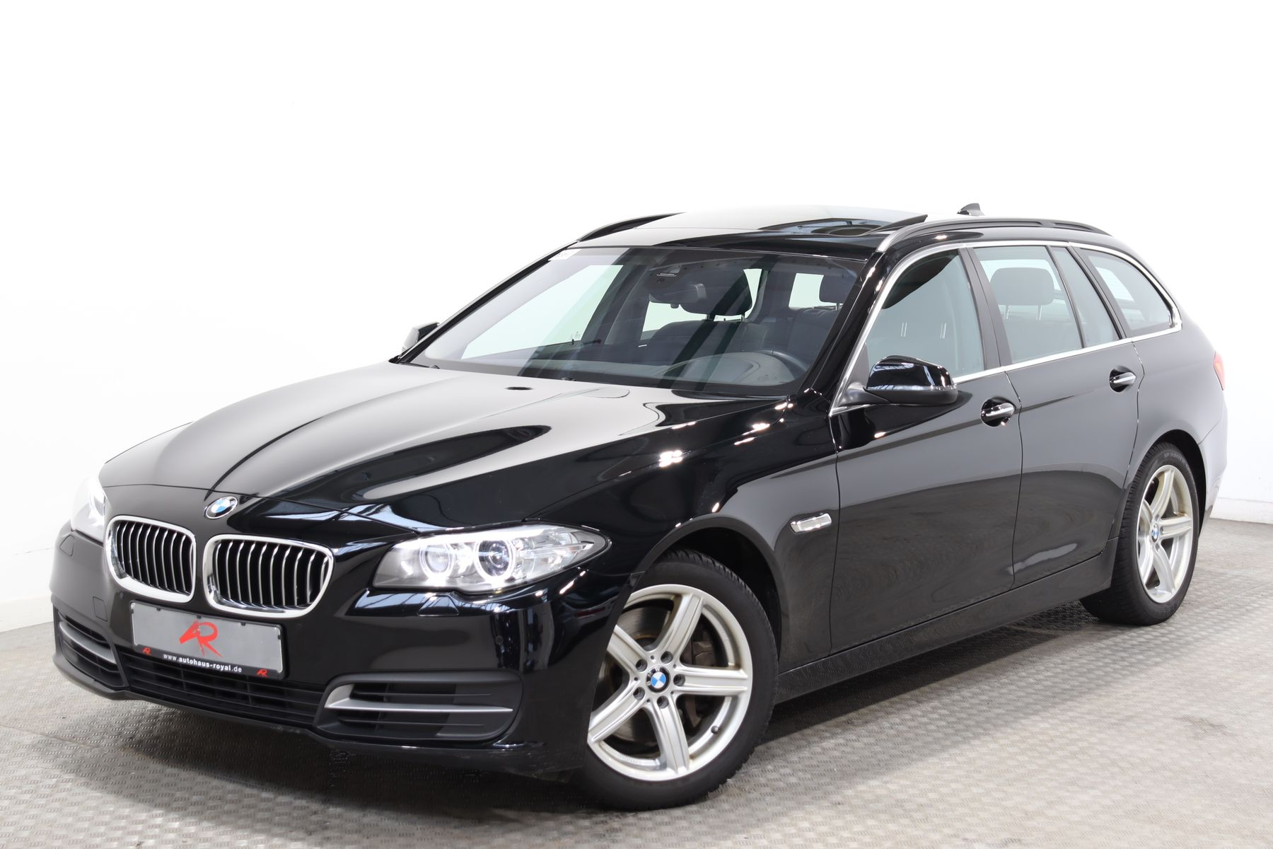 BMW 535 d xDrive STANDHEIZ,MEMORY,KAMERA,SOUNDSYSTEM, Jahr 2016, Diesel