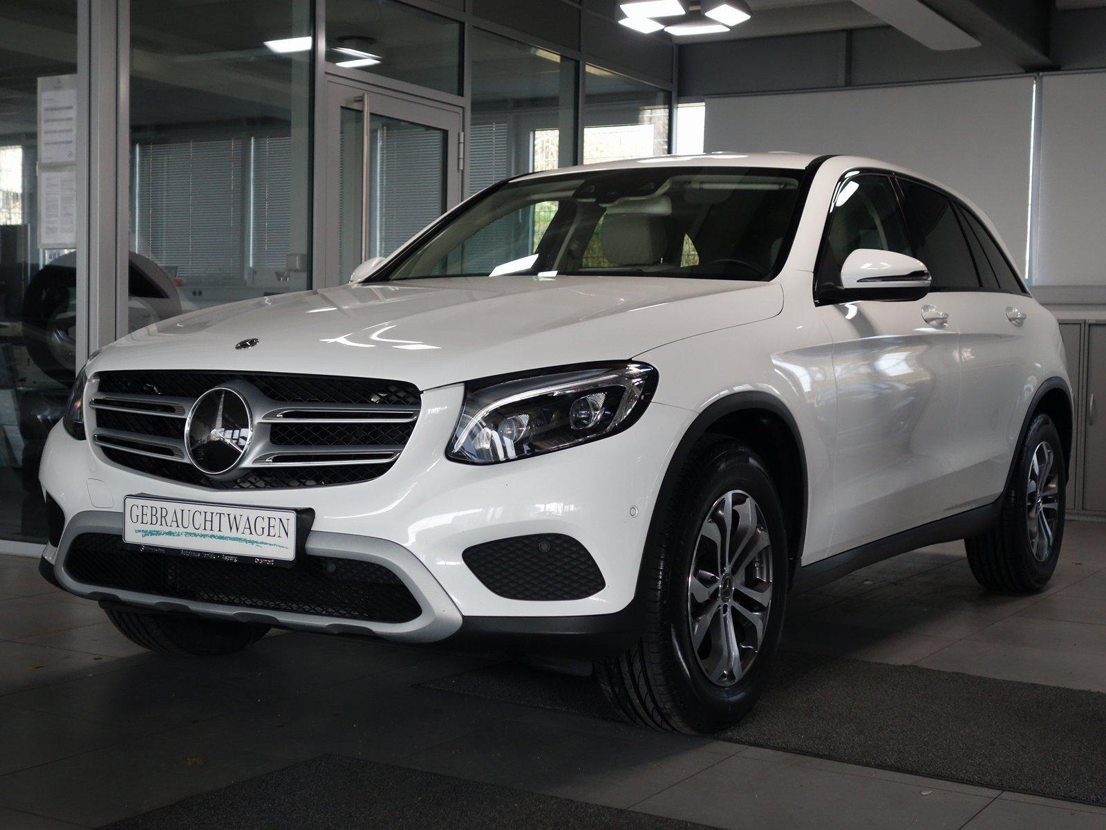 Mercedes-Benz GLC 250d 4M Weiß/Weiß Distronic+ Comand Euro6, Jahr 2017, Diesel