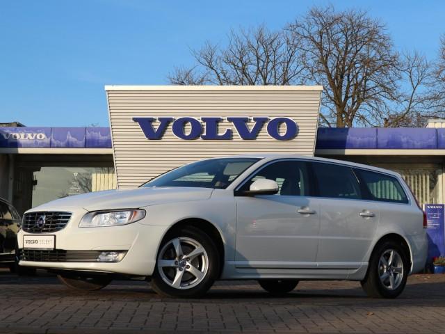 Volvo V70 Linje Classic Klima Navi Einparkhilfe, Jahr 2015, Diesel