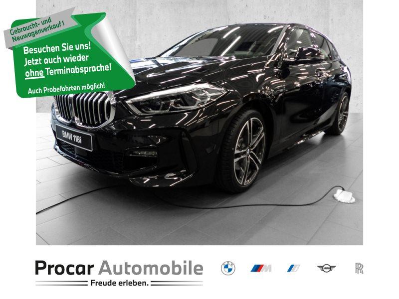 BMW 118i M SPORT+AUTOM+NAV+HUD+ASSISTENZ+LED+KAMERA, Jahr 2020, Benzin