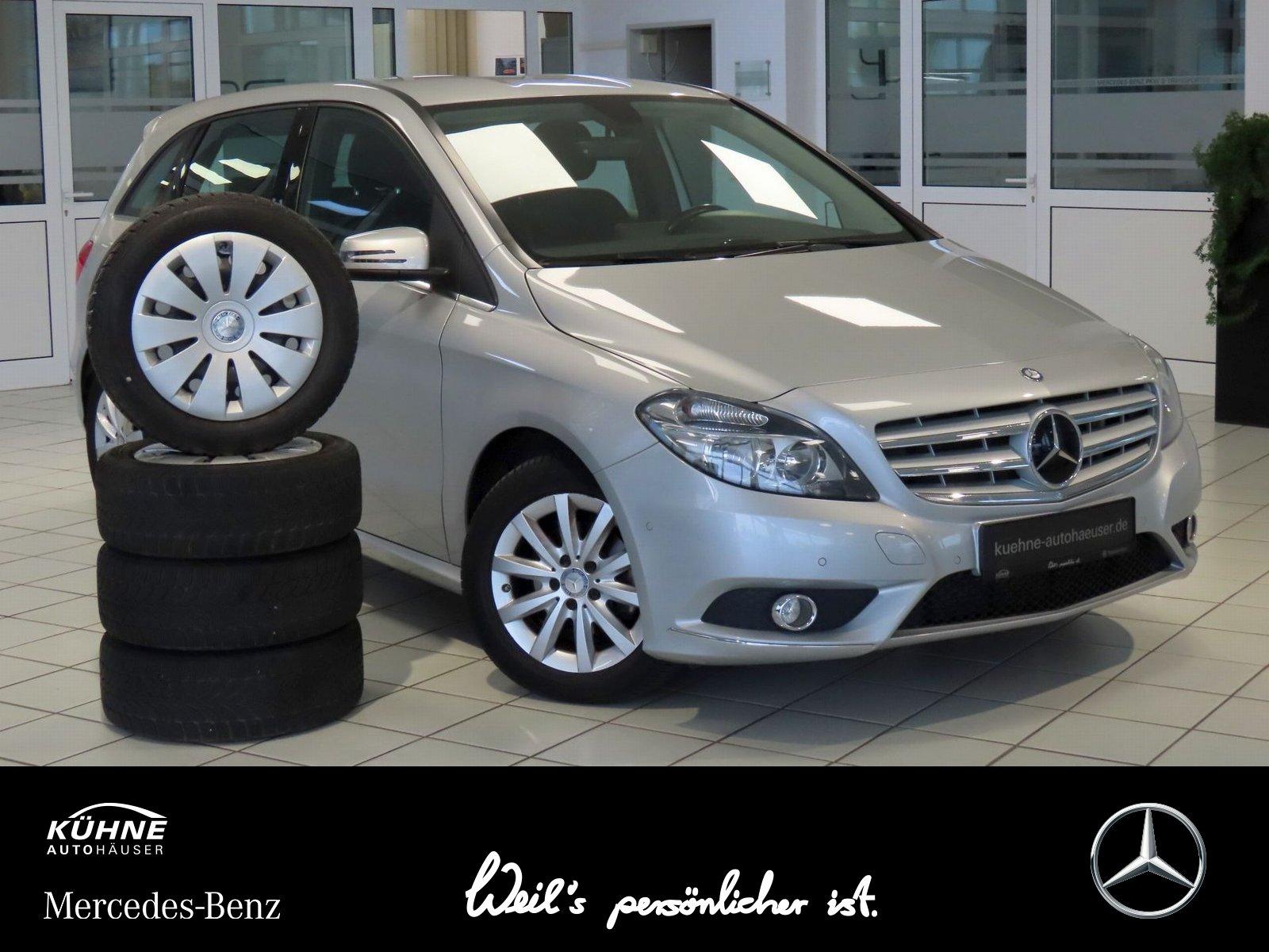 Mercedes-Benz B 180 BE NAVI+Sitzheizung+Sommer/WinterRäder !!!, Jahr 2014, Benzin