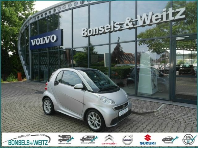 smart SMART FORTWO COUPE MHD PASSION Panorama Klimaaut, Jahr 2014, Benzin